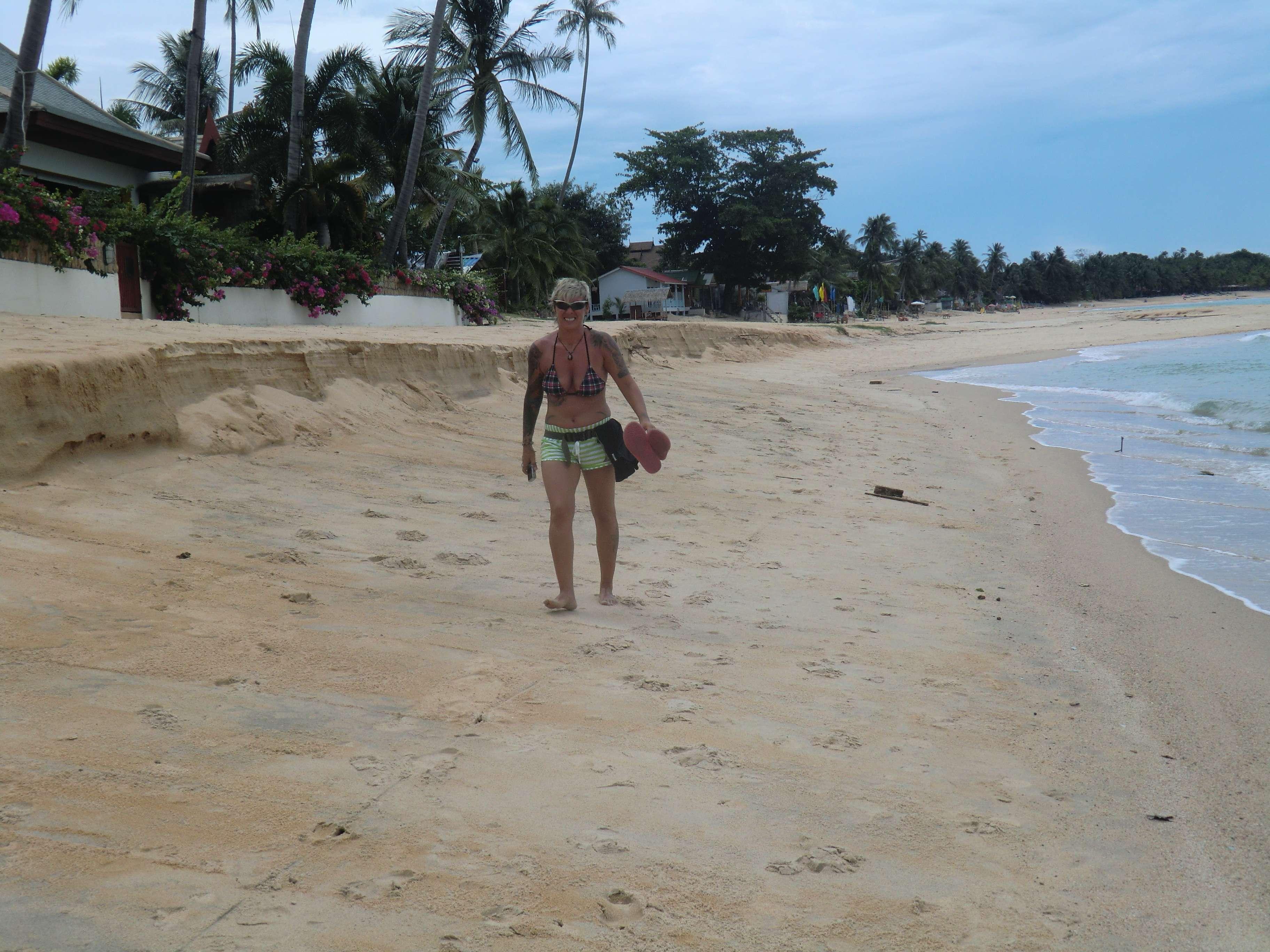der Strand wird schmaler und schmaler...