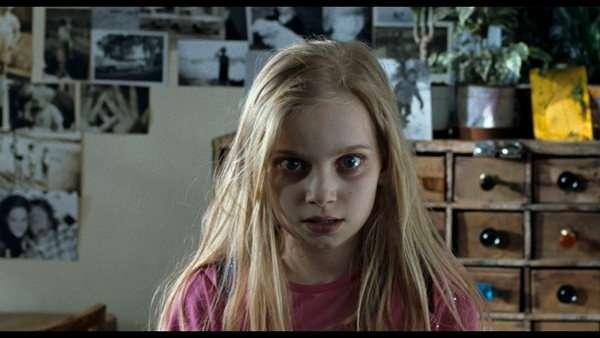 http://www.bloghorror.net/2009/05/the-children-2008.html